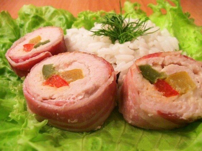 рулет из свинины с начинкой из сыра