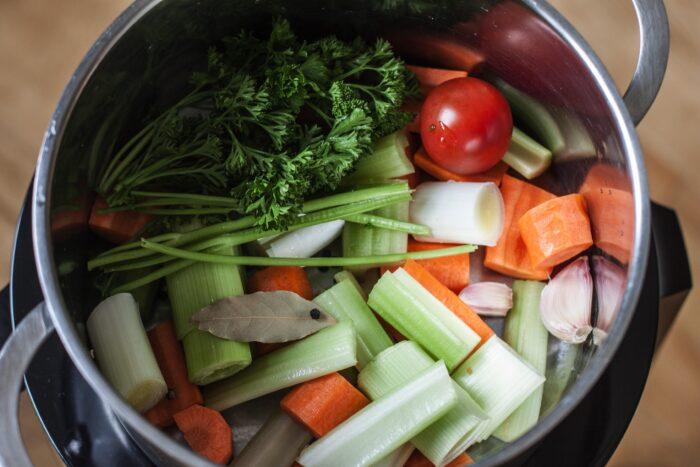 Овощной бульон. Рецепты постных первых блюд
