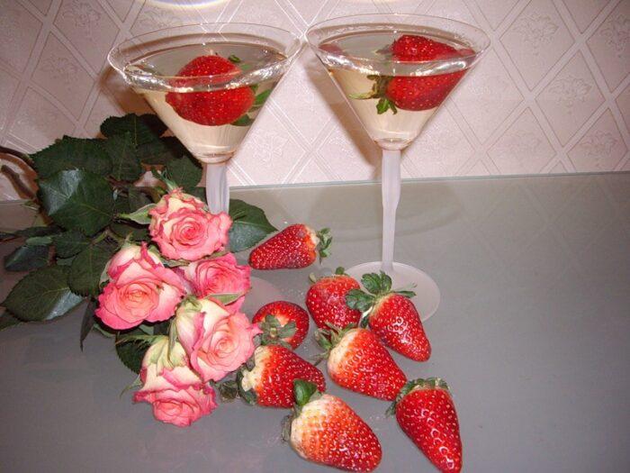 Клубника для романтического вечера.