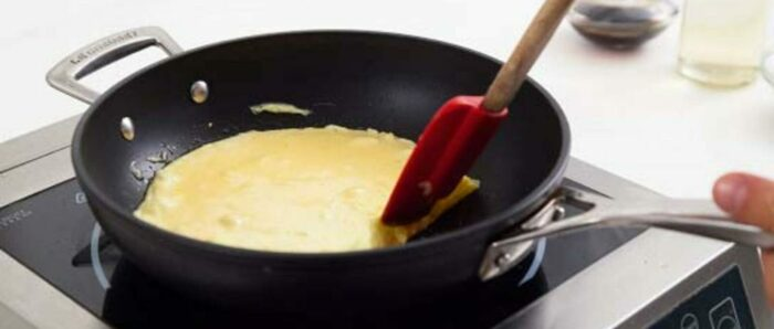 как приготовить омлет на сковороде. Готовим вкусный омлет