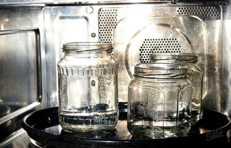 Стерилизация банок в микроволновке с водой. Заготовим овощи и фрукты на зиму