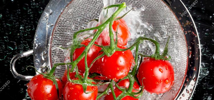 помыть помидоры черри